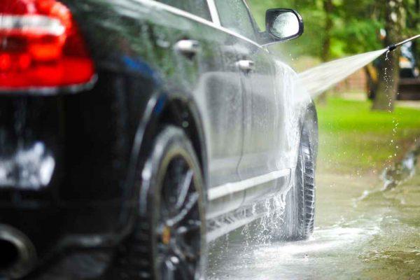 jak myć samochód krok po kroku